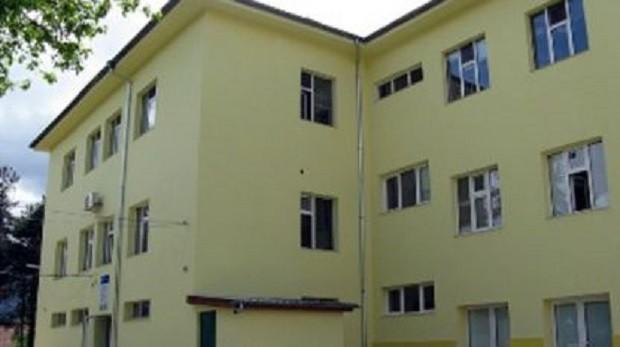 Пожар избухна в изолирания заради коронавируса дом за стари хора в Благоевград